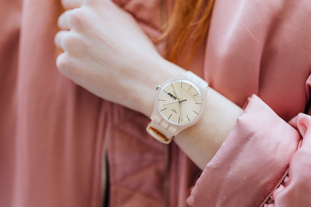 часы женские swatch подарок